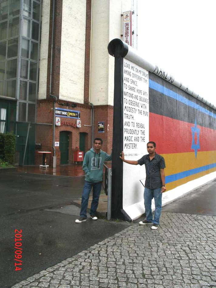 ... so thick are borders - wall test in Berlin - Prakash Neupane & Ananata Lamichhane from Nepal at the East Side Gallary September 15, 2010